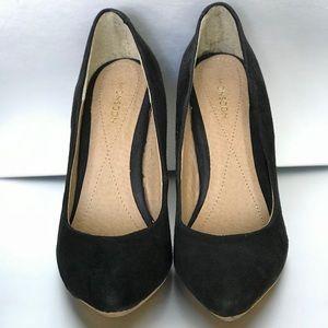 Monsoon Women's size 6 shoes.